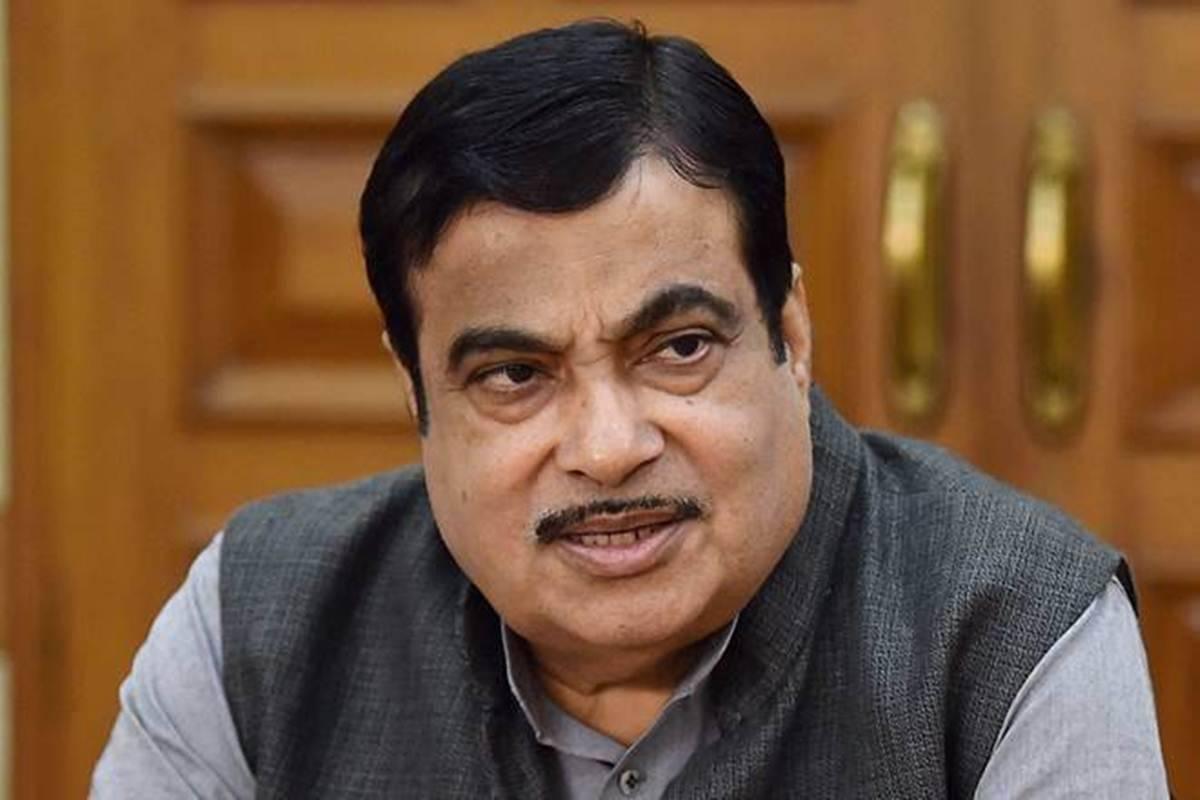 印度交通部长加德卡里确诊新冠肺