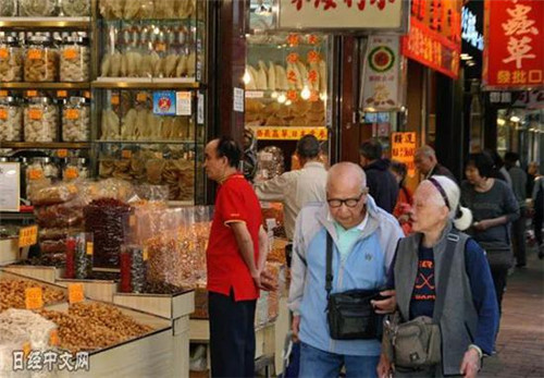 日本意大利都输了_中国这个地方成全球最长寿地区