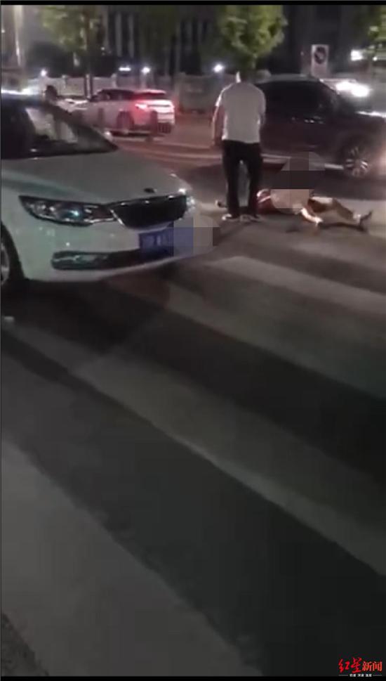 男子深夜裸身驾车连撞多车?四川南充警方回应