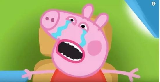 可爱的小猪,面目地狰狞拿着手臂粗的针管,不断扎向尖叫痛哭的佩奇↓↓